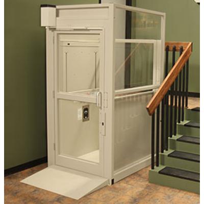Bruno-Commercial-Vertical-Lift